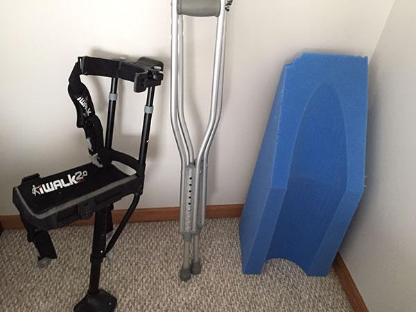 Used crutches, hands-free crutch, leg elevator