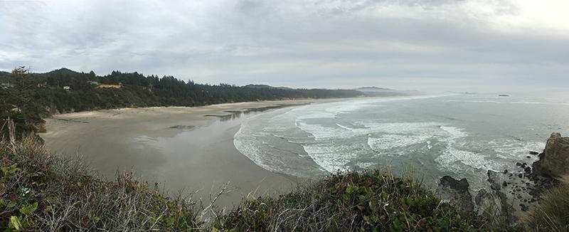 Coastline near Devils Punchbowl State Natural Area in Oregon